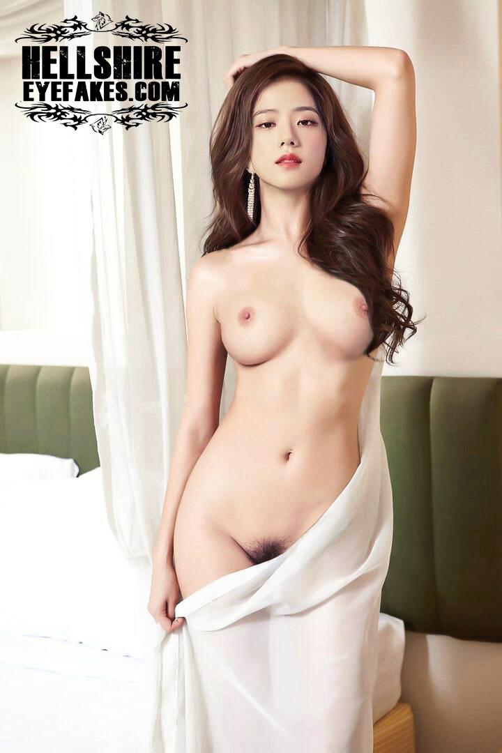 Korean actress lee hyeri naked showing tits and ass fucking hot